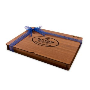 Derili Aynalı Ahşap Kutuda 48li Logolu Çikolata